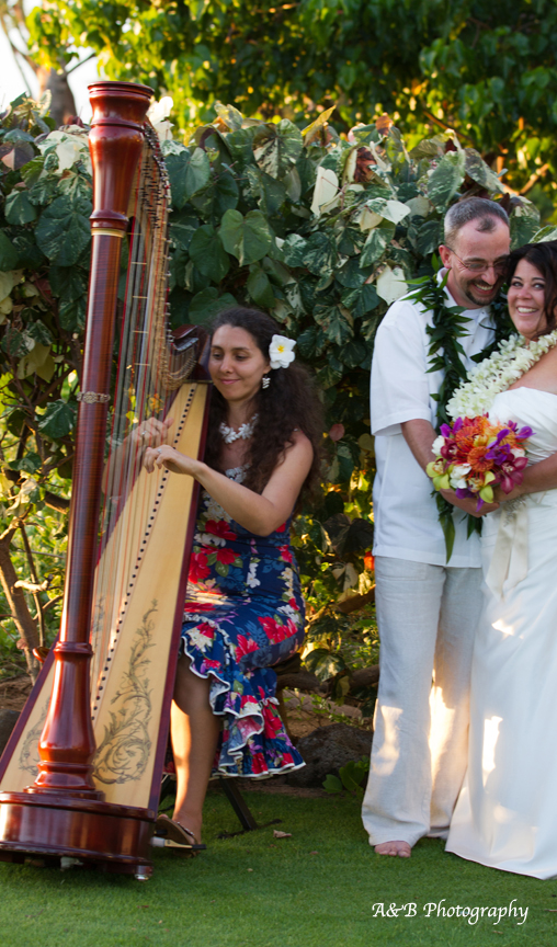 Hawaii Harpist Tatyana Hawaiian Ceremony Music